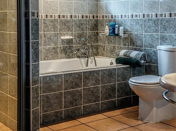 Odpowiednie płytki do naszej łazienki