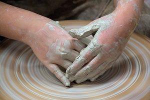 Warsztaty ceramiczne – efektywnie stymulujemy rozwój przedszkolaka