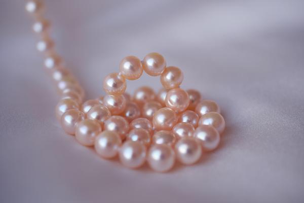 Istotne kwestie podczas wyboru naszyjnika z perłami?