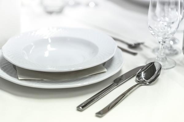 Zamawianie cateringu na wesele