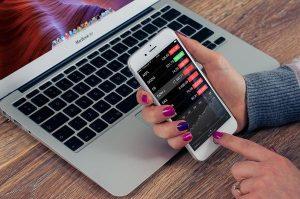 Czy warto korzystać z aplikacji interaktywnych?
