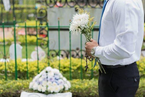 Read more about the article Ostatnie pożegnanie w domu pogrzebowym